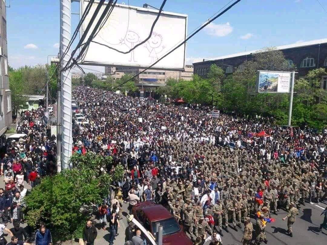 ARMENIA ANTIGOV PROTESTS APRIL 2018 by @Bunker_watch in Yerevan.jpg 2
